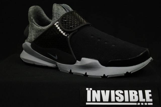 online retailer a4750 dba1f Nike Sock Dart Tech Fleece Black Gary Size 10