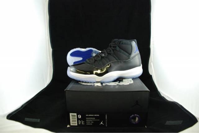 2458bbe7e76 Nike air Jordan retro 11 space jam size 9 | Kixify Marketplace