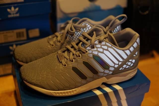 09073b5608f1 Adidas ZX Flux