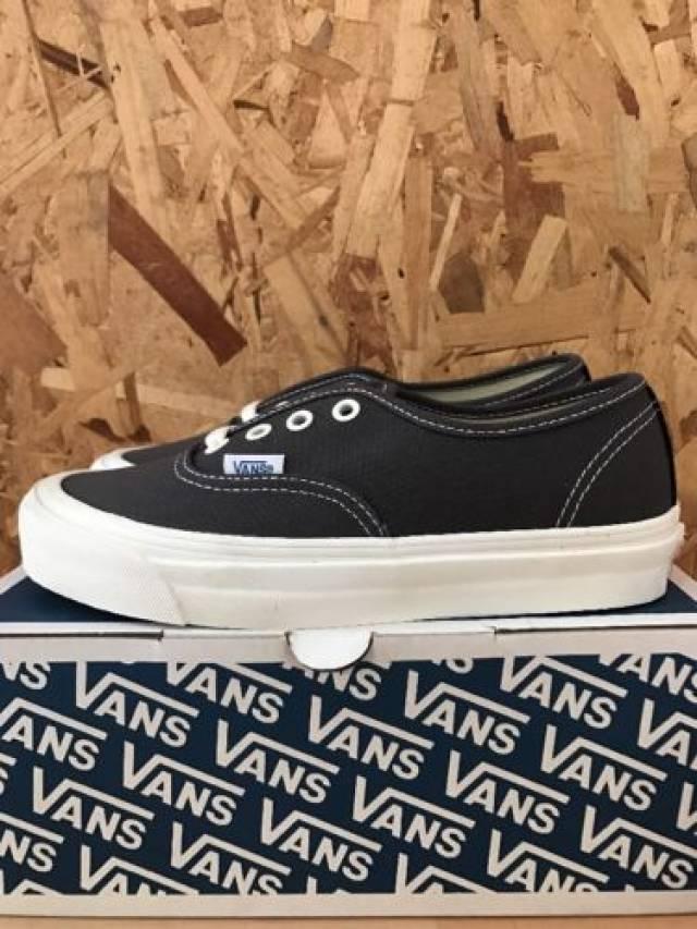 nouvelles photos df419 61d02 Vans Og Authentic Lx Canvas Suede Asphalt Black Size 4....