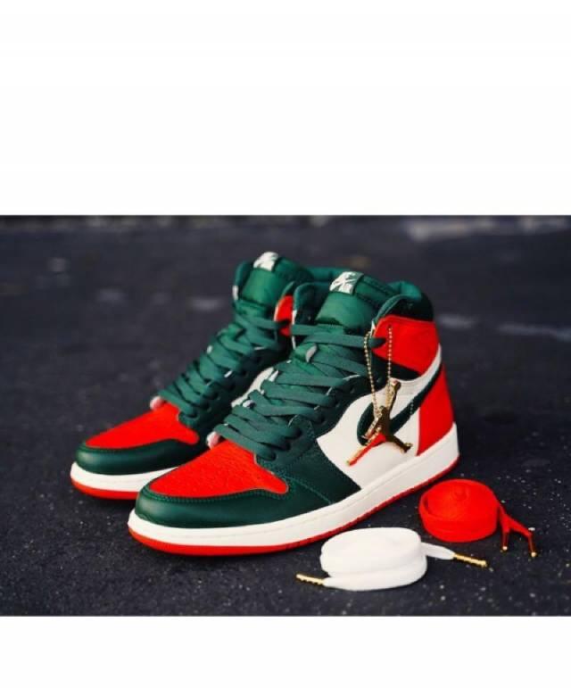 Air Jordan 1 Retro High OG x SOLEFLY