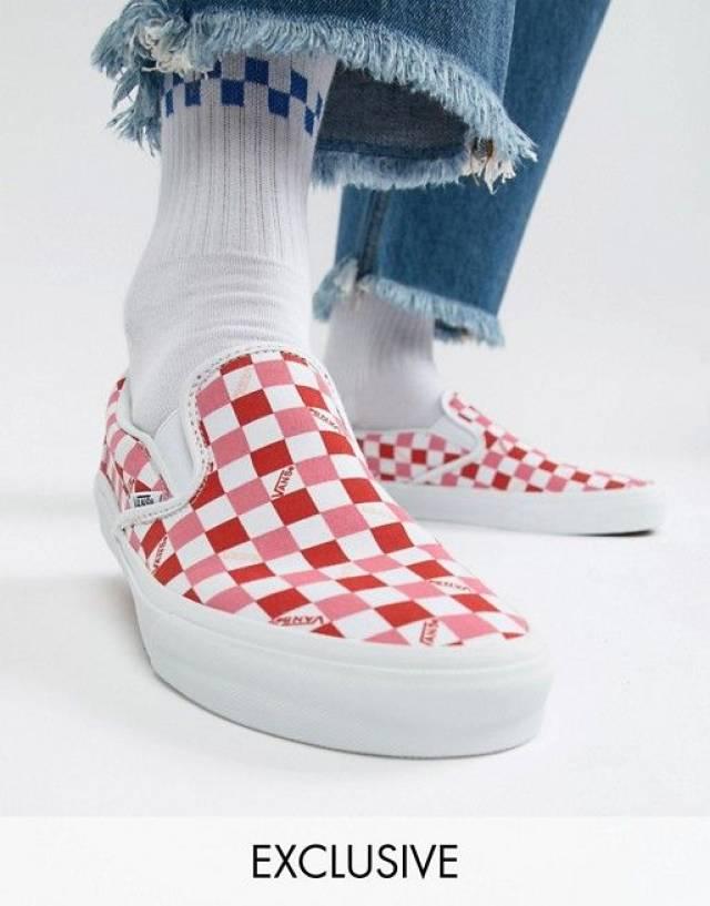 Pink Checkerboard Slip