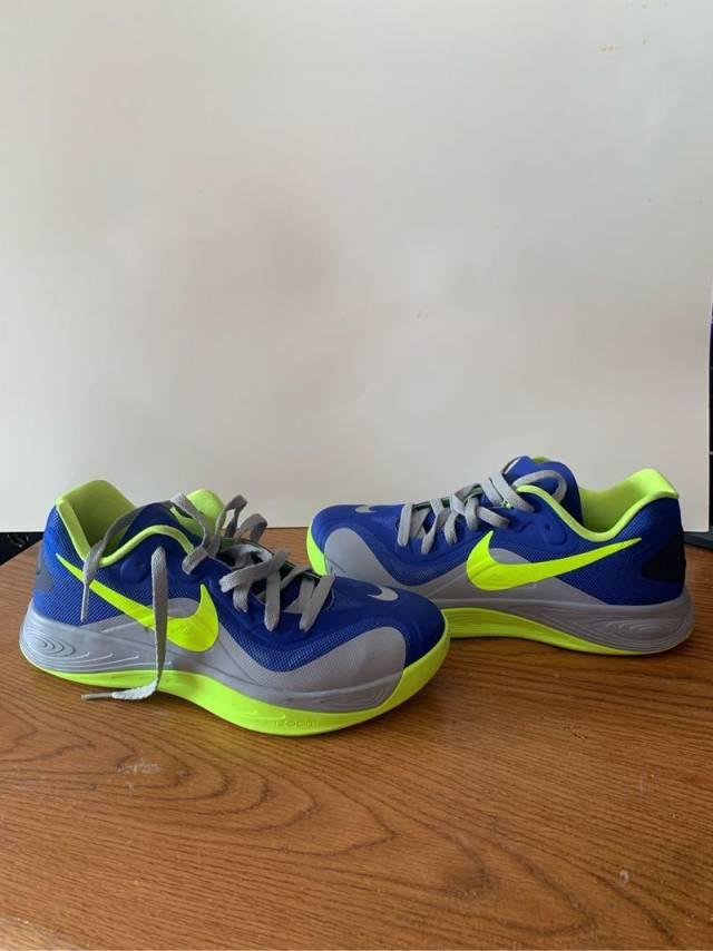 la meilleure attitude 721b6 1b17d Nike Hyperfuse 2012 Low Size 9