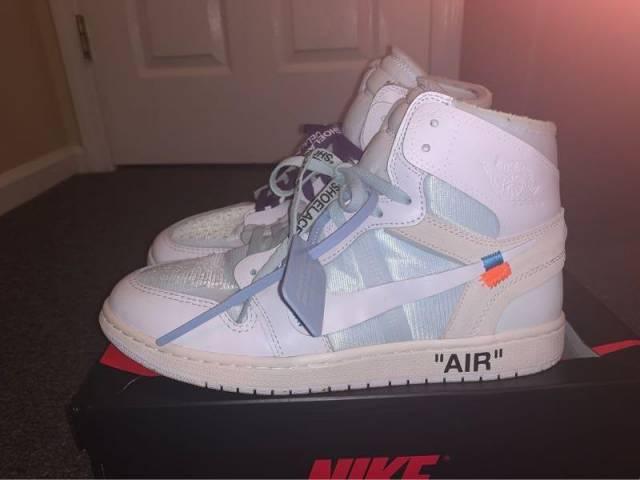 "Off White Jordan 1 ""Eu Exclusive"