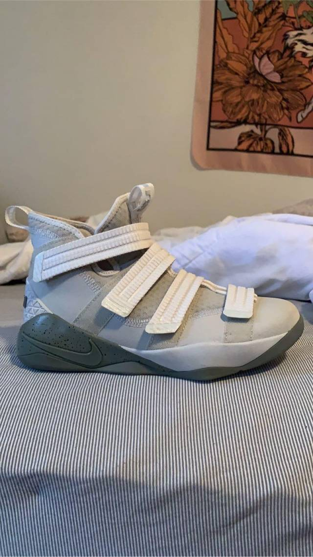Nike LeBron Zoom Soldier 11 Court