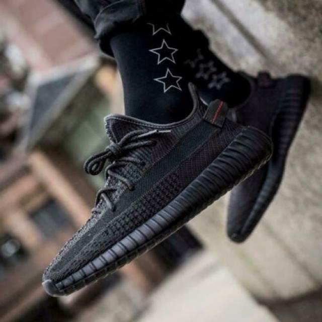 yeezy boost 350 v2 static black reflective