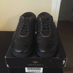Gucci low top black red