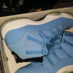 Jordan 11 pantone sze 11