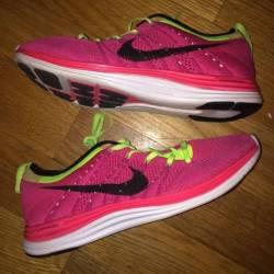 Nike flyknit one pink racer wo...