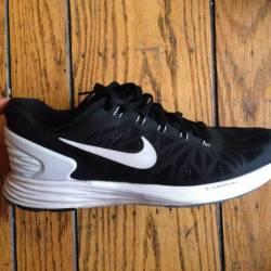 Nike (lunarglide 6)size 10