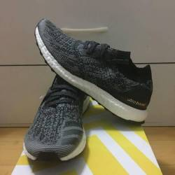 Adidas ultra boost uncaged bla...