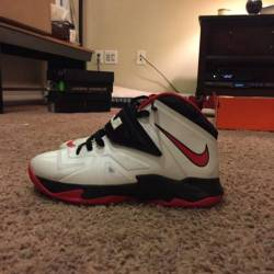Lebron soldier 7 size 7