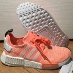 Adidas nmd r1 women's pink glitch
