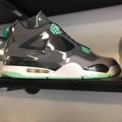 Jordan 4 size 11 pre owned gre...