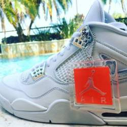 Jordan 4 pure money
