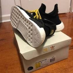 Pharell human species nmd black