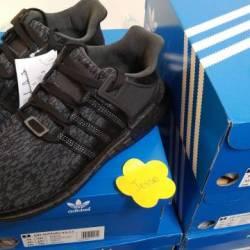 Adidas eqt 93 17 triple black