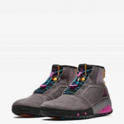 Nike acg ruckel ridge gunsmoke...