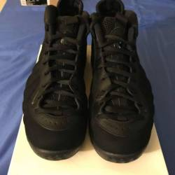 Nike air foamposite triple black