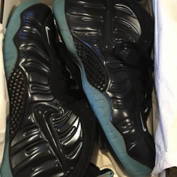 Nike air foamposite pro dark o...