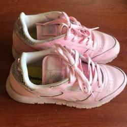 Reebok ortholite pink shoes