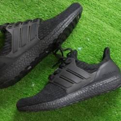 Size 8.5 adidas ultra boost 3....