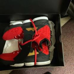 Nike lebron 15 red diamond turf