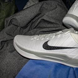 Nike kobe a.d. mid tb //white ...